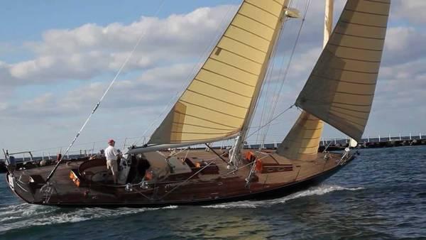 boat charter dubai prices